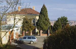 Vila Karla Gotta na Bertramce exteriér