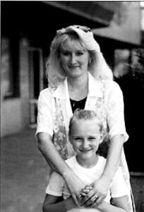 Iveta Kolářová s dcerou Karla Gotta Lucií