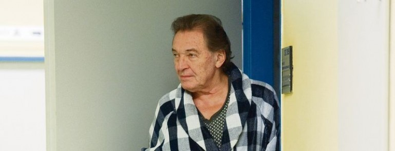 Karel Gott v nemocnici
