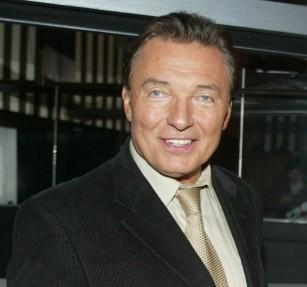 Karel Gott - zpěvák, malíř, Český slavík